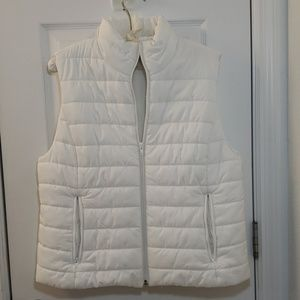 Ann Taylor Loft White Puffer Vest Quilted